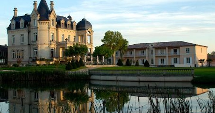 Замок-отель Chateau Du Grand Barrail 4*