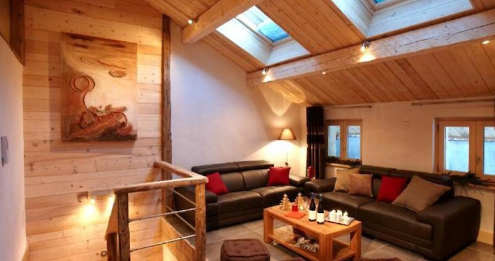Ref: MRB 0035 Meribel