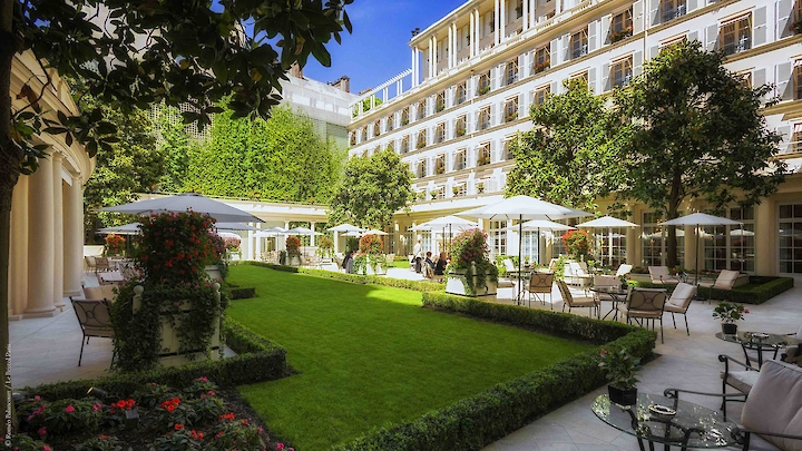 Special offers of Paris hotel Le Bristol