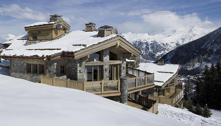 Celebrate winter in Courchevel: a selection of luxurious chalets in the exclusive domains